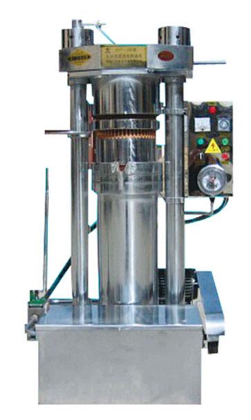 [产品简介]:鹏远液压榨油机是降经过热炒后的油料图片